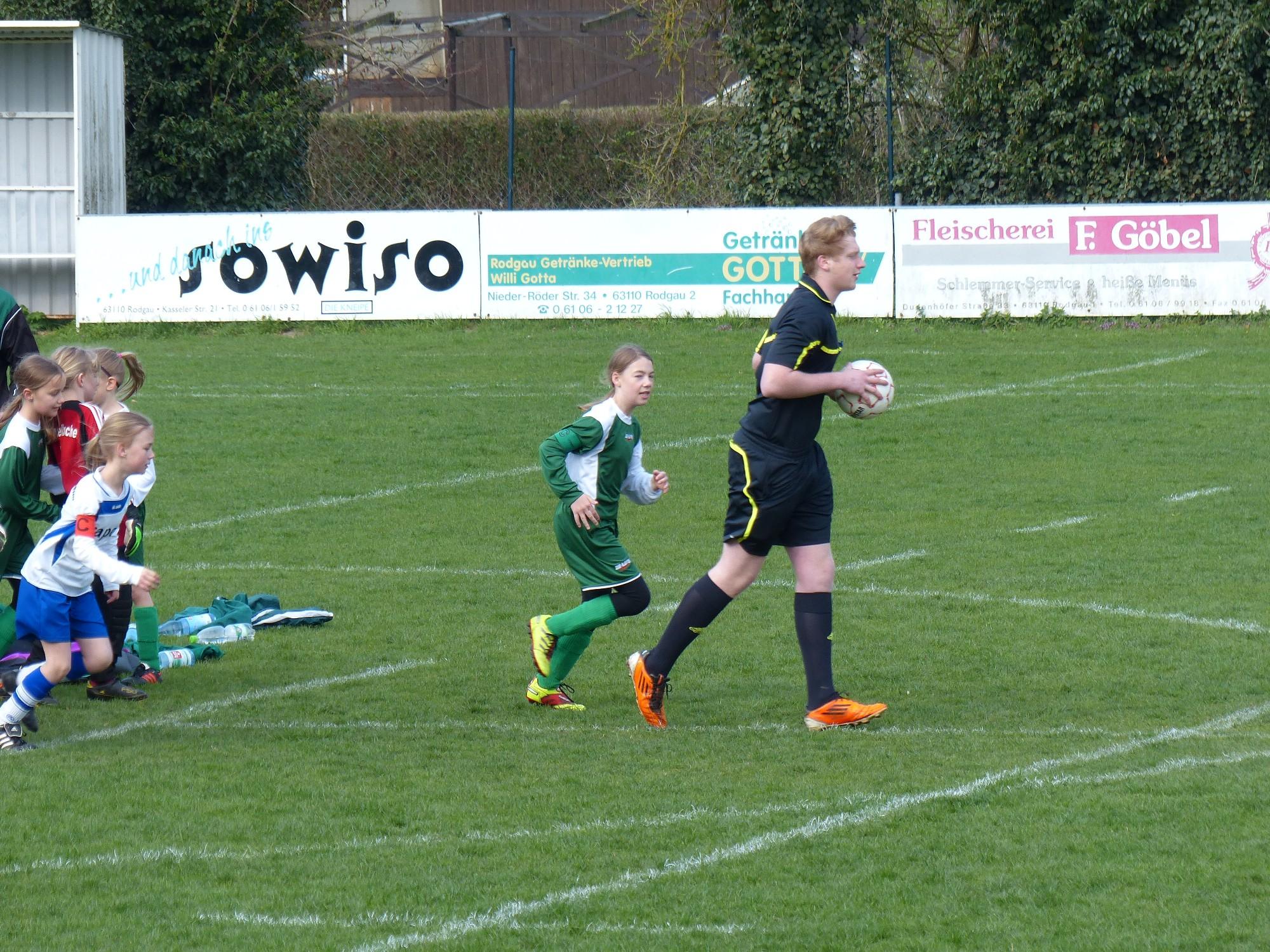 FC Mittelbuchen Mädchen U8-U16 » U10 Auswärtsspiel in Jügesheim ...